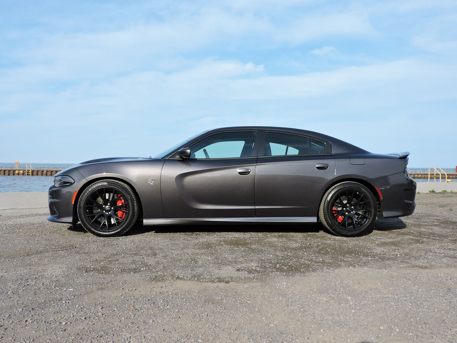 hellcat orders doubles 2016 output to 2015 dodge charger srt hellcat ...
