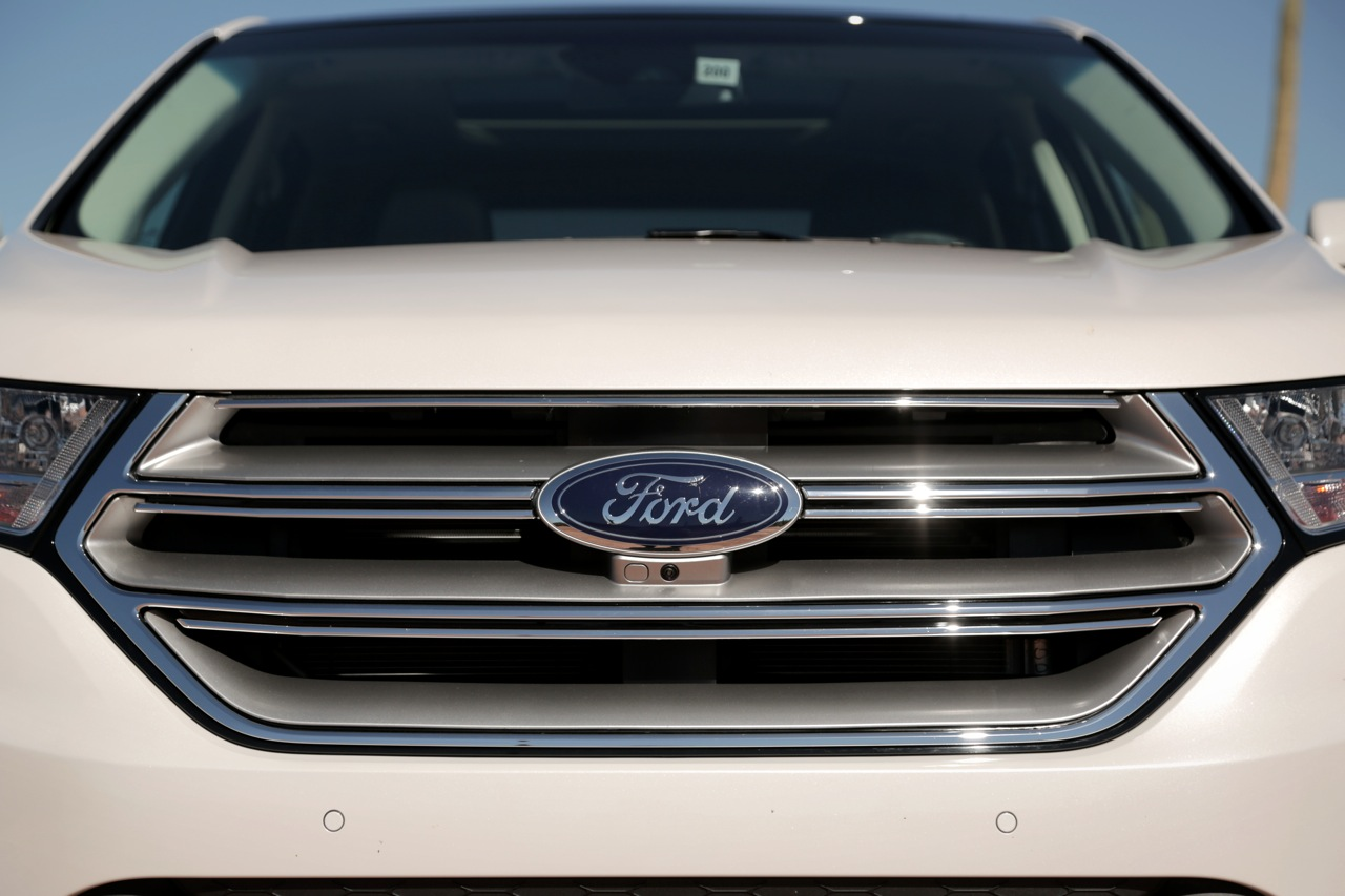2015 ford edge 17
