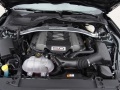 2015-Ford-Mustang-GT-Engine-01