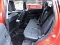 2015-Mitsubishi-Outlander-18
