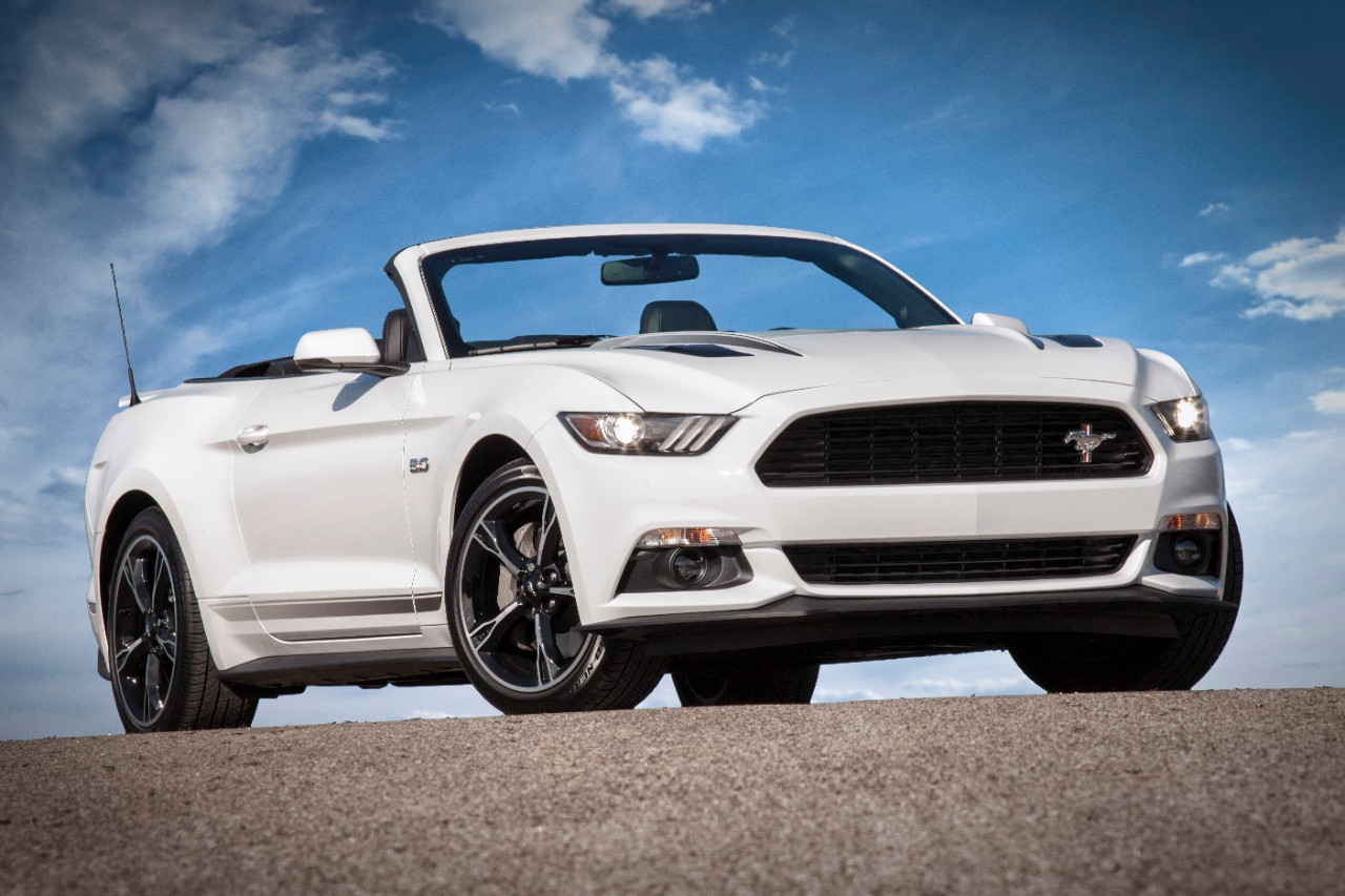 2018 ford mustang getting facelift 10 speed automatic. Black Bedroom Furniture Sets. Home Design Ideas