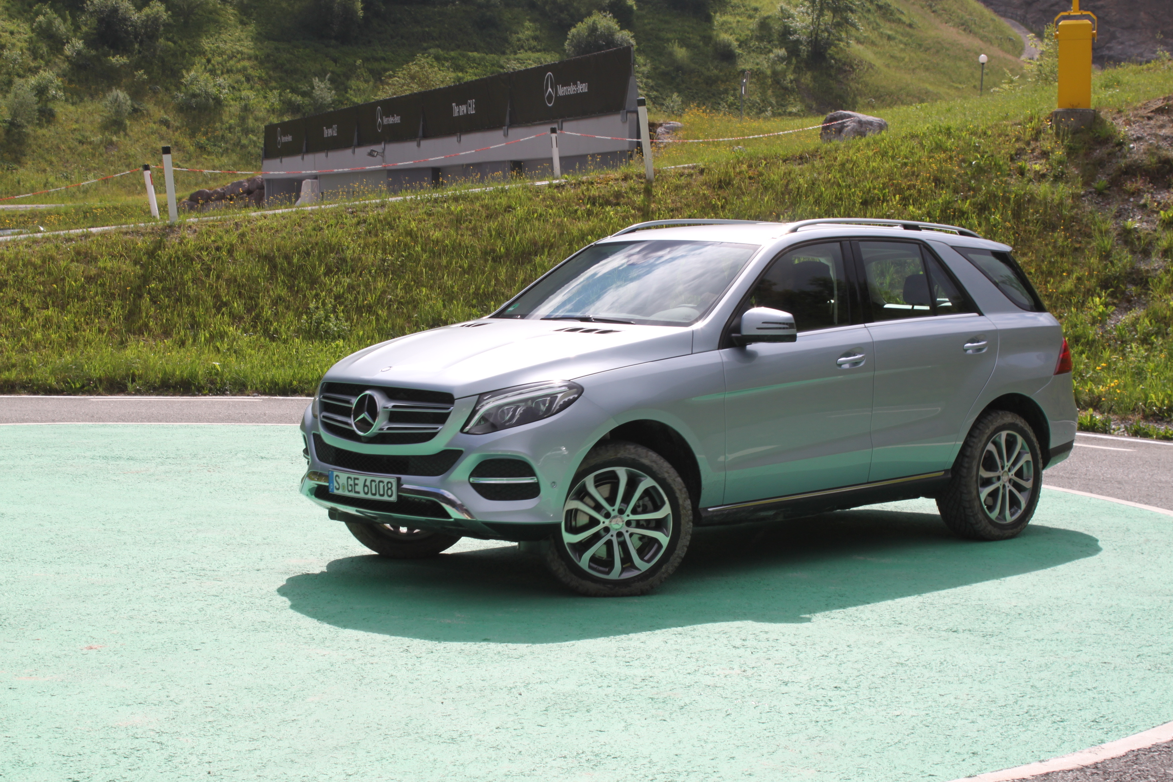 Mercedes gle suv test