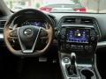 2016-Nissan-Maxima-Interior-07