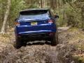 2016-Range-Rover-Sport-SVR-203
