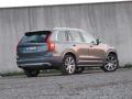 2016-Volvo-XC90-60