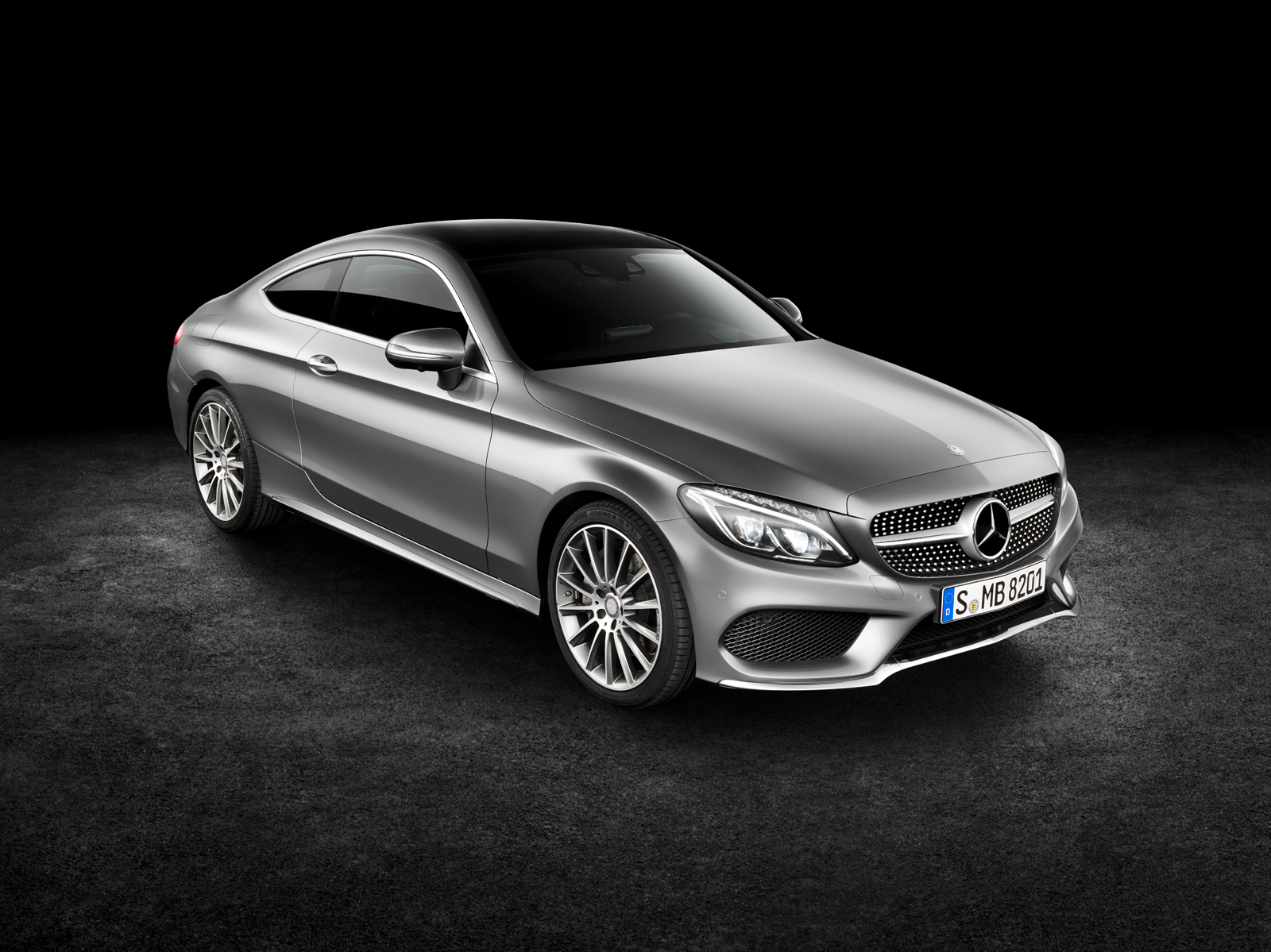 longer lower and wider the 2017 mercedes c class coupe. Black Bedroom Furniture Sets. Home Design Ideas